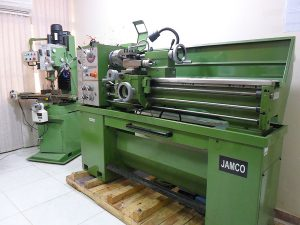 آزمایشگاه آماده سازی1 300x225 - آزمایشگاه-آماده-سازی1
